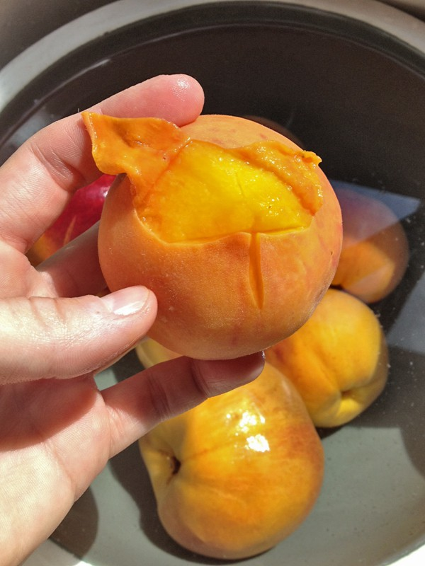 How to Peel a Peach | Our Paleo Life