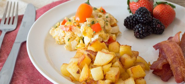Fiesta Scrambled Eggs & Country Potatoes {by Our Paleo Life}