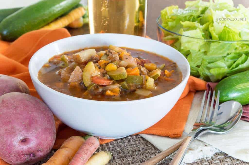 Slowcooker Paleo Minestrone Soup {grain-free   dairy-free   whole30   vegan option}
