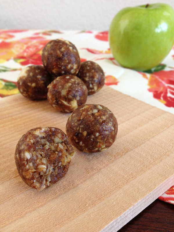 Apple Pie Bites | Our Paleo Life