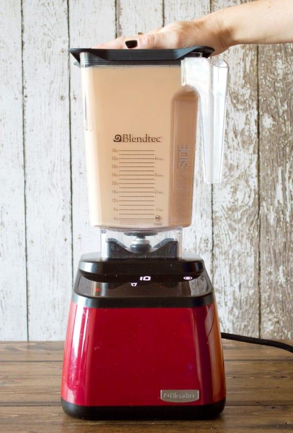 Blendtec Designer Series with Wildside Jar