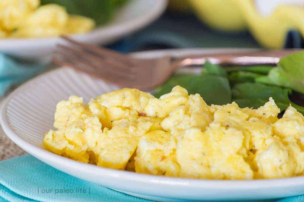 Creamy Scrambled Eggs {low-carb; primal}