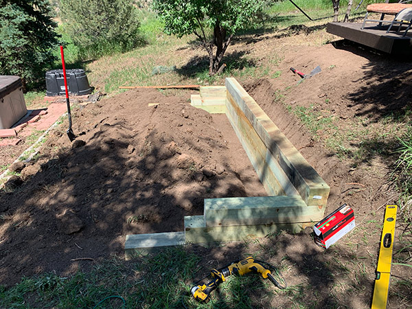 Retaining Wall for Backyard Deck