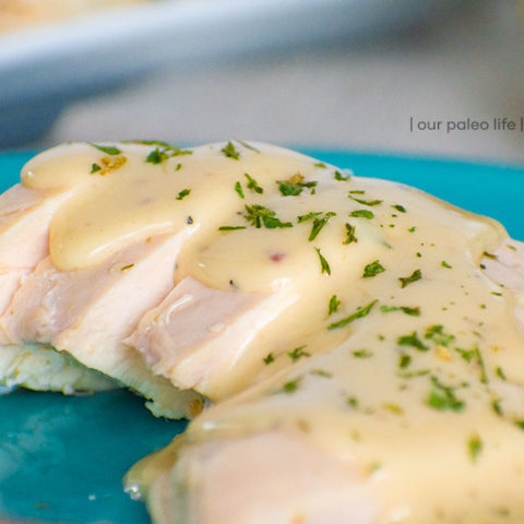 Easy Chicken Gravy {grain-free}